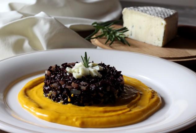 riso nero con rosmarino zucca e form erborinato (2)
