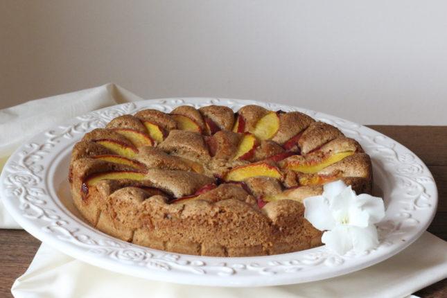 torta di pesche e amaretti (1)