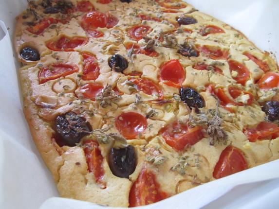 farinata con pomodorini e porri
