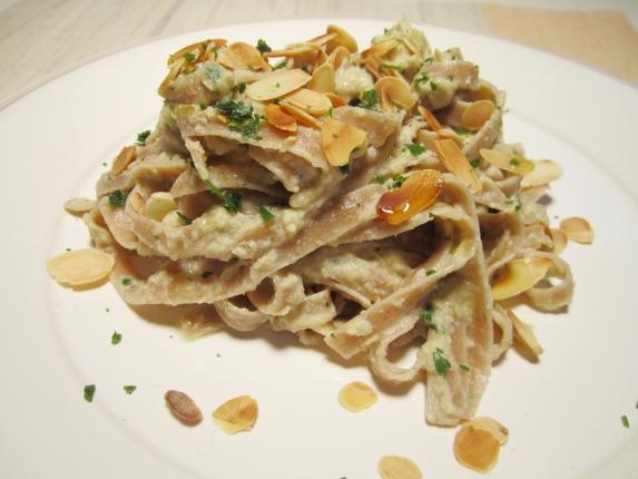 fettucce ai carciofi e mandorle (4)