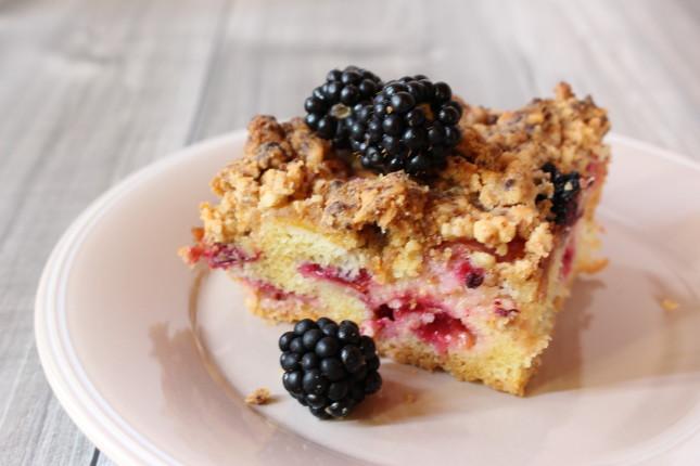 fruit crumb cake