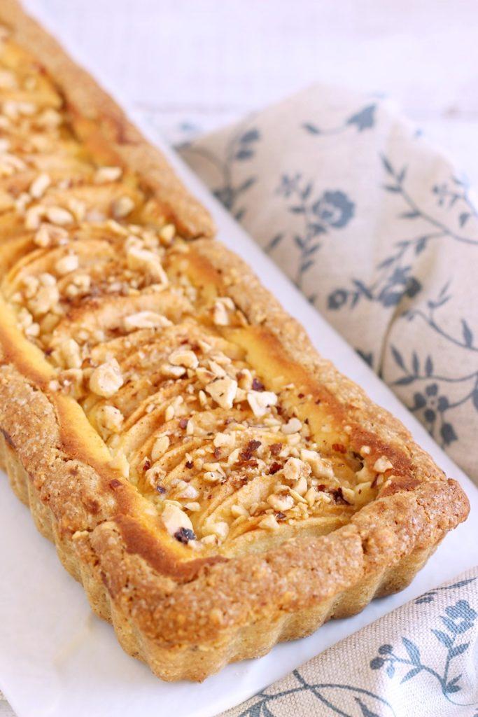 Crostata-mele-nocciole (1)